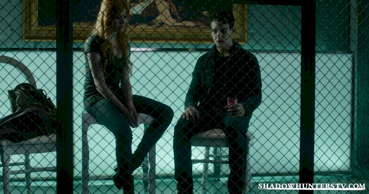 Shadowhunters - #MCM: 20 Times Raphael Was A Hero! - 1003