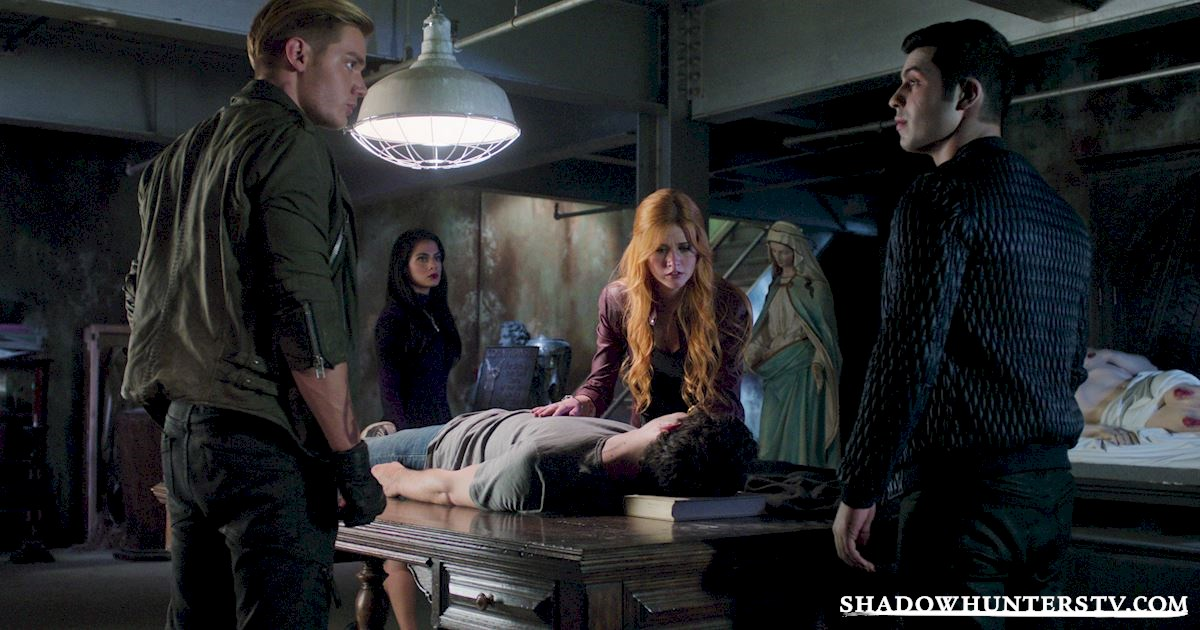 Shadowhunters - #MCM: 20 Times Raphael Was A Hero! - 1011