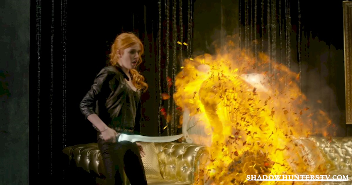 Shadowhunters - #MCM: 20 Times Raphael Was A Hero! - 1012