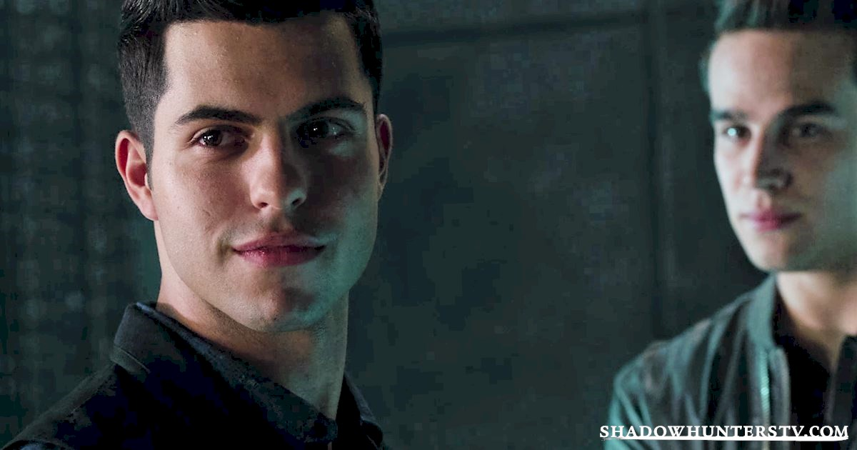 Shadowhunters - #MCM: 20 Times Raphael Was A Hero! - 1006