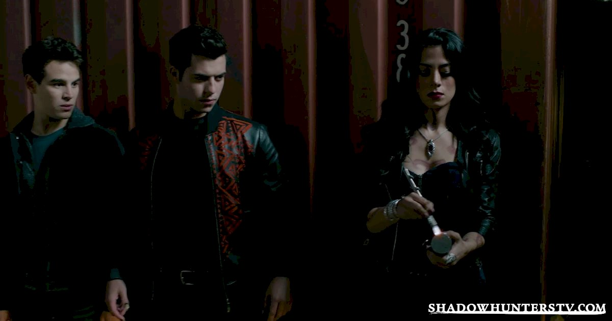 Shadowhunters - #MCM: 20 Times Raphael Was A Hero! - 1007