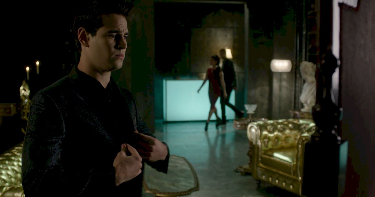 Shadowhunters - 26 Things We Learned In Episode 12 That Changed Everything - 1011