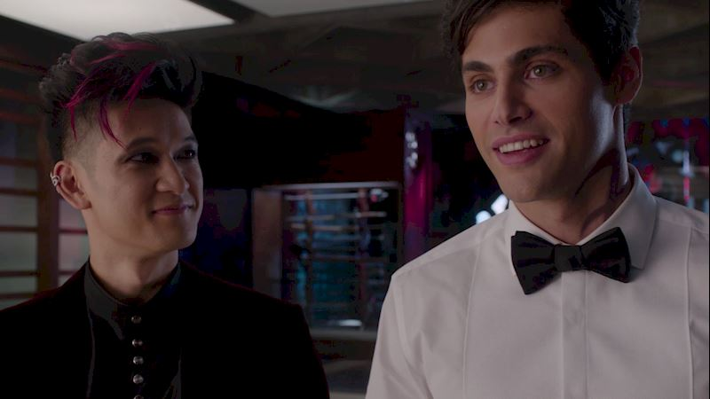 Shadowhunters - A Malecsplosion: The Most Amazing, Magical, Romantic Moments From Episode 12! - Thumb