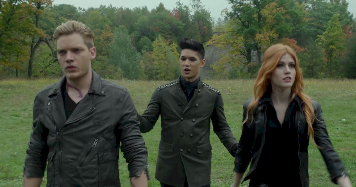 Shadowhunters - A Malecsplosion: The Most Amazing, Magical, Romantic Moments From Episode 12! - 1016
