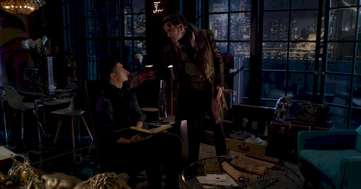 Shadowhunters - A Malecsplosion: The Most Amazing, Magical, Romantic Moments From Episode 12! - 1018
