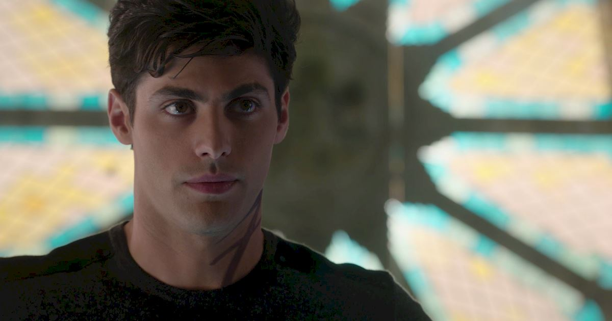 Shadowhunters - A Malecsplosion: The Most Amazing, Magical, Romantic Moments From Episode 12! - 1012