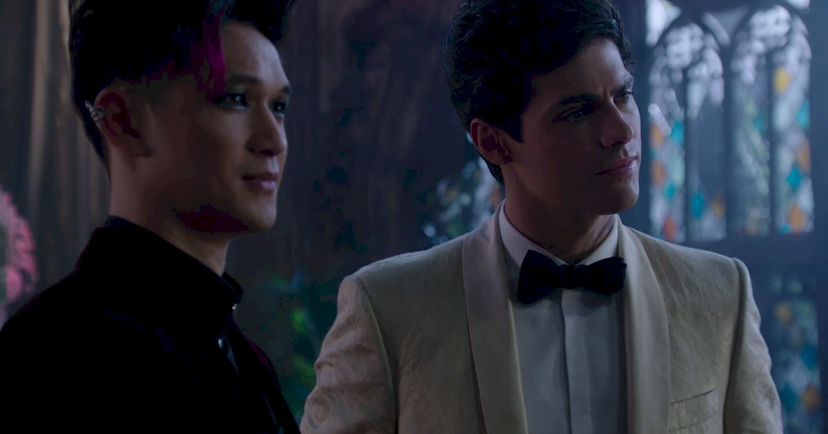 Shadowhunters - A Malecsplosion: The Most Amazing, Magical, Romantic Moments From Episode 12! - 1036