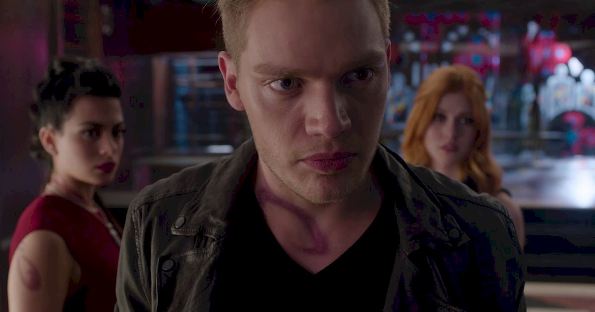 Shadowhunters - 26 Things We Learned In Episode 12 That Changed Everything - 1009