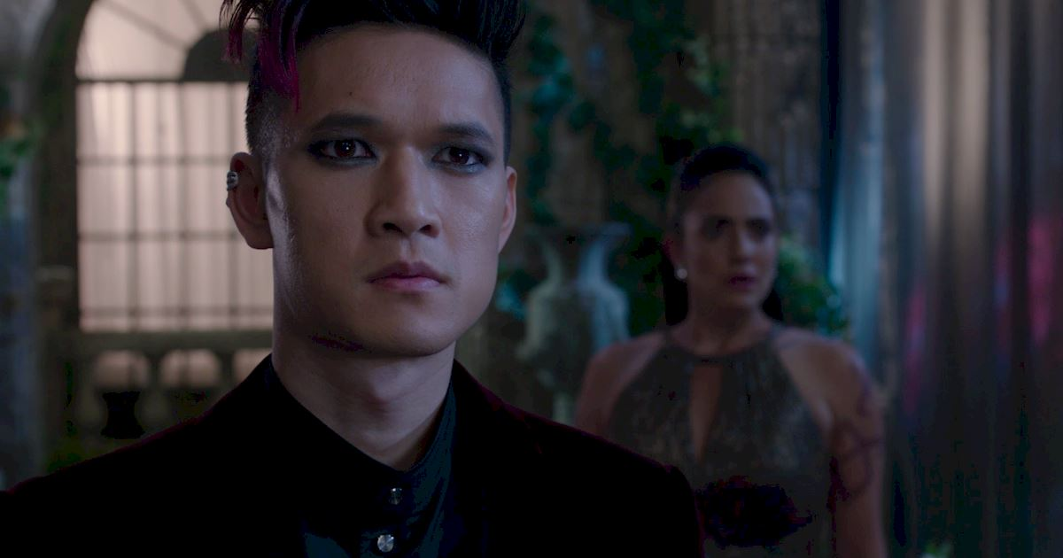 Shadowhunters - A Malecsplosion: The Most Amazing, Magical, Romantic Moments From Episode 12! - 1030