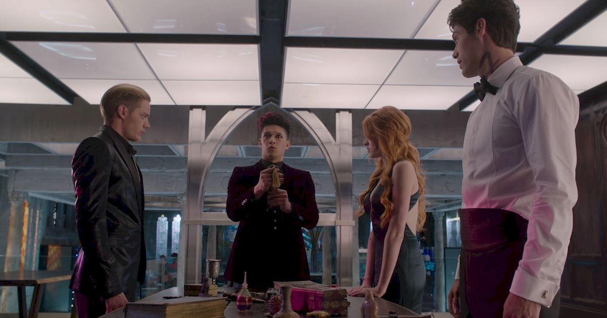 Shadowhunters - Official Recap Of Episode 12: Magic, Moles and Malec! - 1019