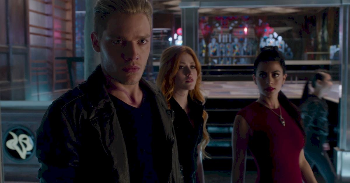 Shadowhunters - Official Recap Of Episode 12: Magic, Moles and Malec! - 1010