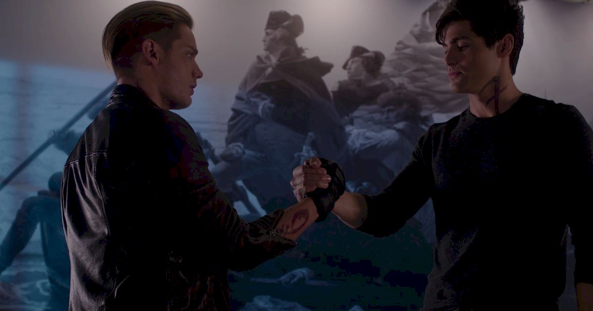 Shadowhunters - Official Recap Of Episode 12: Magic, Moles and Malec! - 1014