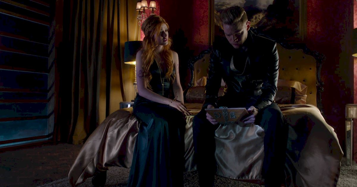 Shadowhunters - Official Recap Of Episode 12: Magic, Moles and Malec! - 1021