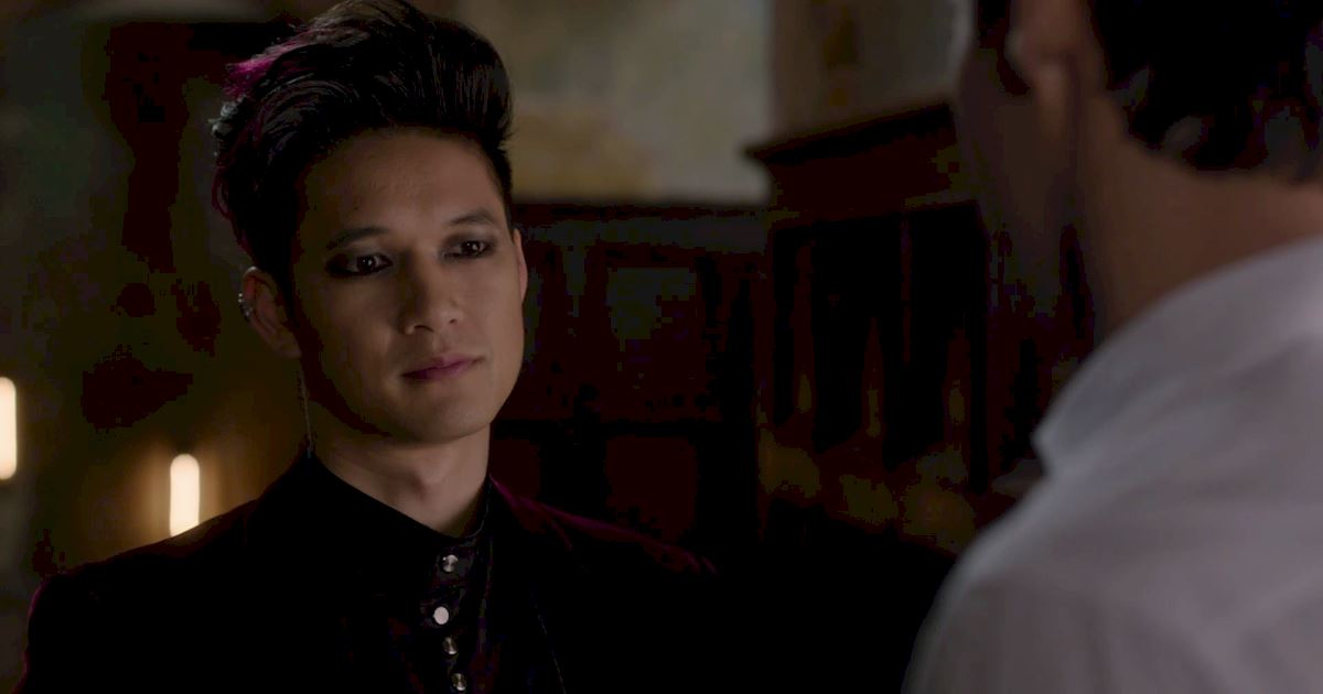 Shadowhunters - Finale Sneak Peak: Are Malec In Trouble Already?! - 1007