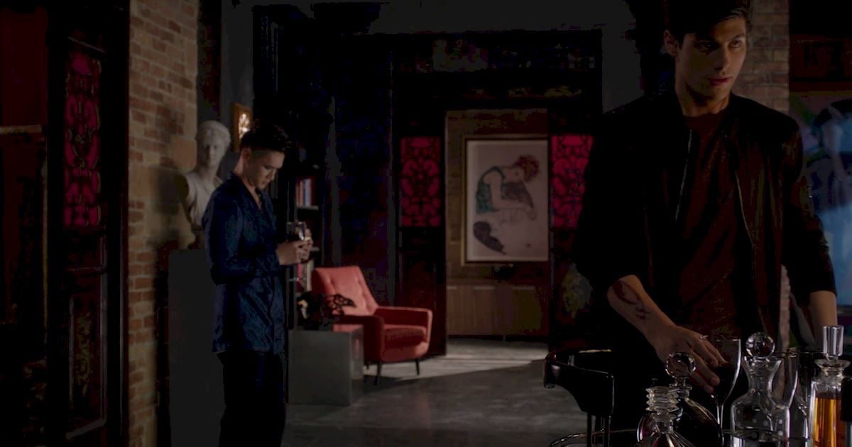 Shadowhunters - 50 Moments You Might Have Missed From Episode 12: Malec! - 1004