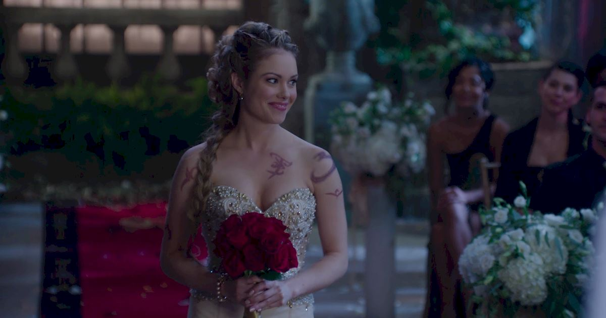 Shadowhunters - 22 Reasons Why Lydia Is The Perfect Bride! - 1012