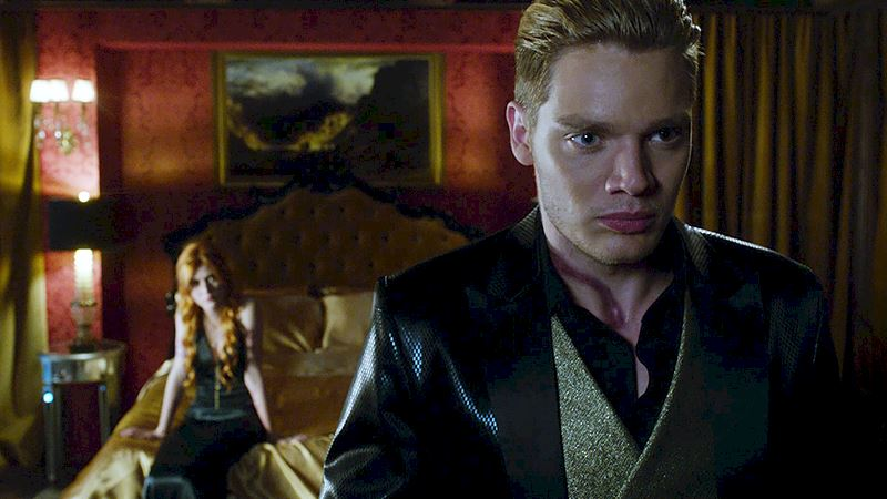 Shadowhunters - Exclusive Finale Sneak Peak: Clace Are Fighting And They Need Simon's Help! - Thumb