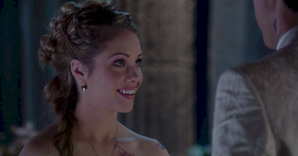 Shadowhunters - 22 Reasons Why Lydia Is The Perfect Bride! - 1017