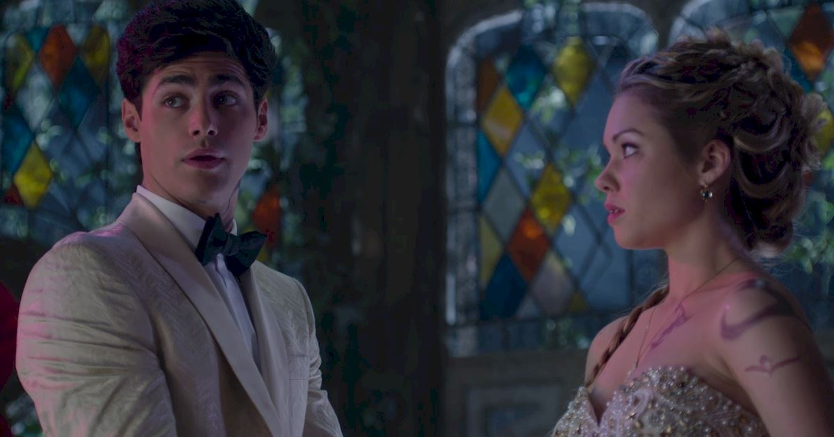 Shadowhunters - 50 Moments You Might Have Missed From Episode 12: Malec! - 1040