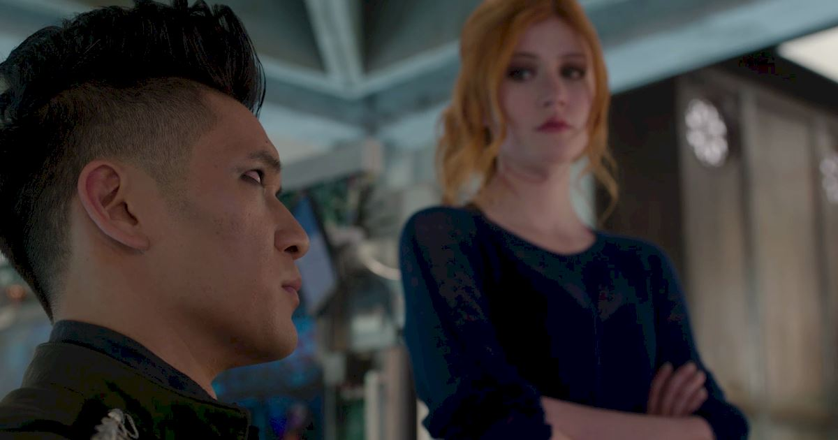 Shadowhunters - 50 Moments You Might Have Missed From Episode 12: Malec! - 1012