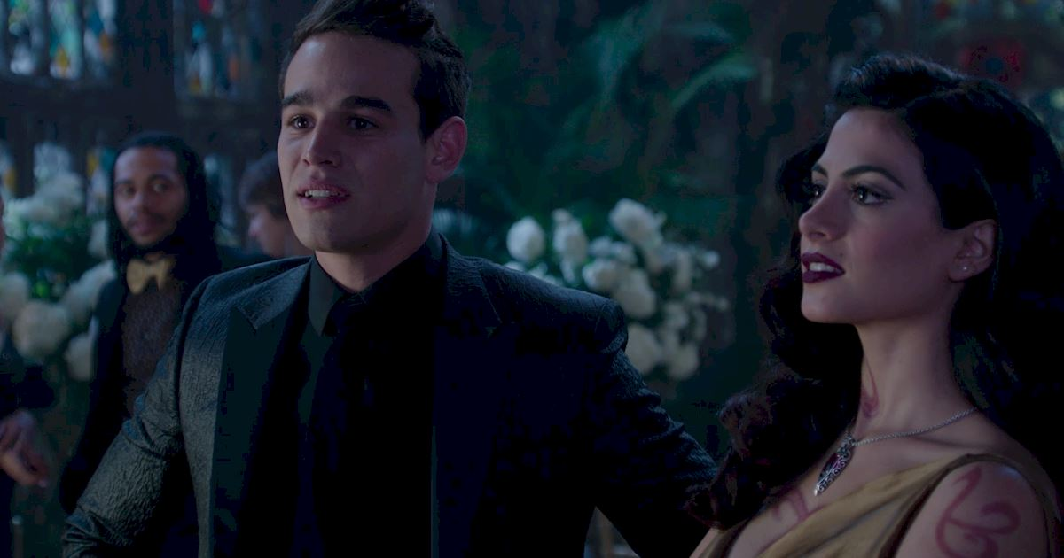 Shadowhunters - 50 Moments You Might Have Missed From Episode 12: Malec! - 1043