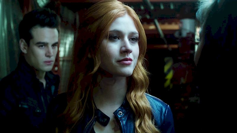Shadowhunters - [SWIPE] Season Finale: Which Character Was The Sassiest? - Thumb