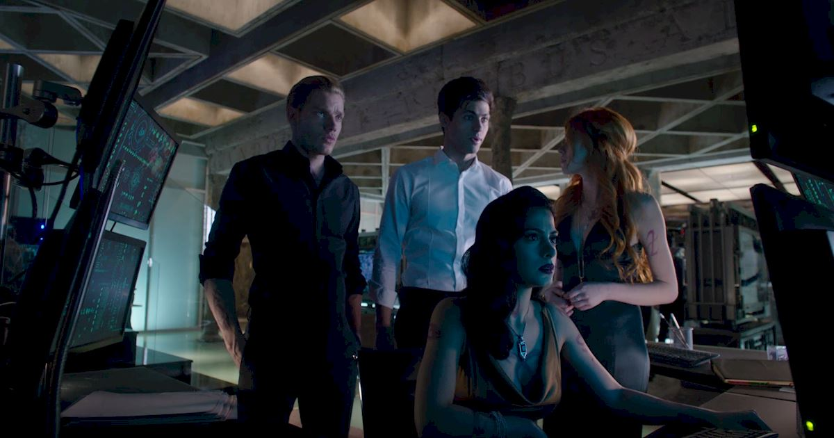 Shadowhunters - Season Finale Official Recap: Jace Has Joined Forces With Valentine!?! - 1004