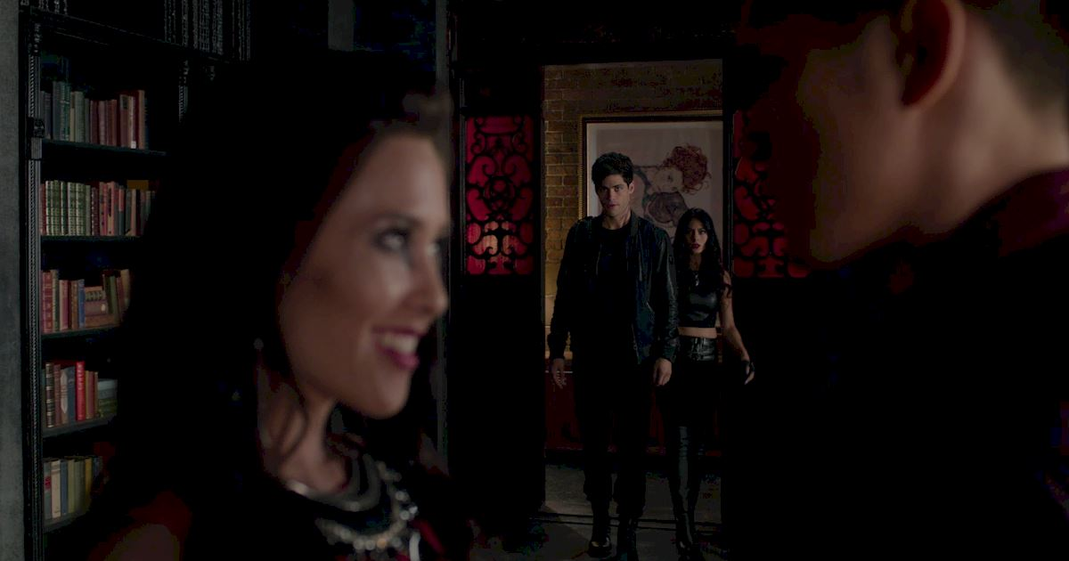 Shadowhunters - Season Finale Official Recap: Jace Has Joined Forces With Valentine!?! - 1016