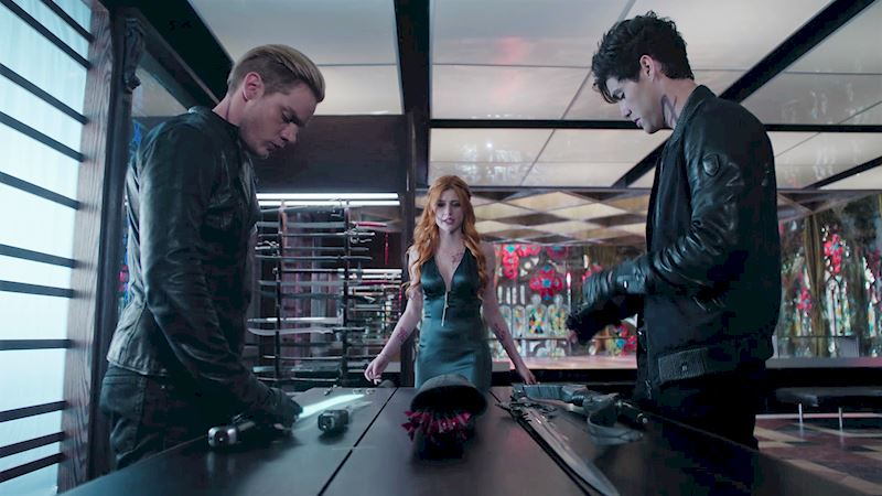 Shadowhunters - 10 Times The Shadow World Made Us Overconfident In Our Own Abilities - Thumb