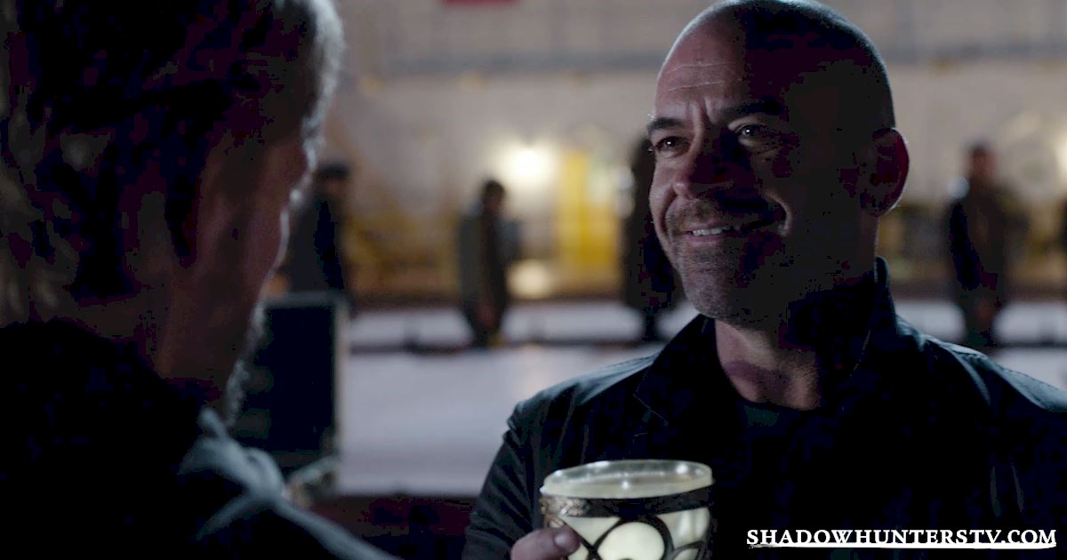 Shadowhunters - 40 Moments You Might Have Missed From The Season One Finale! - 1006
