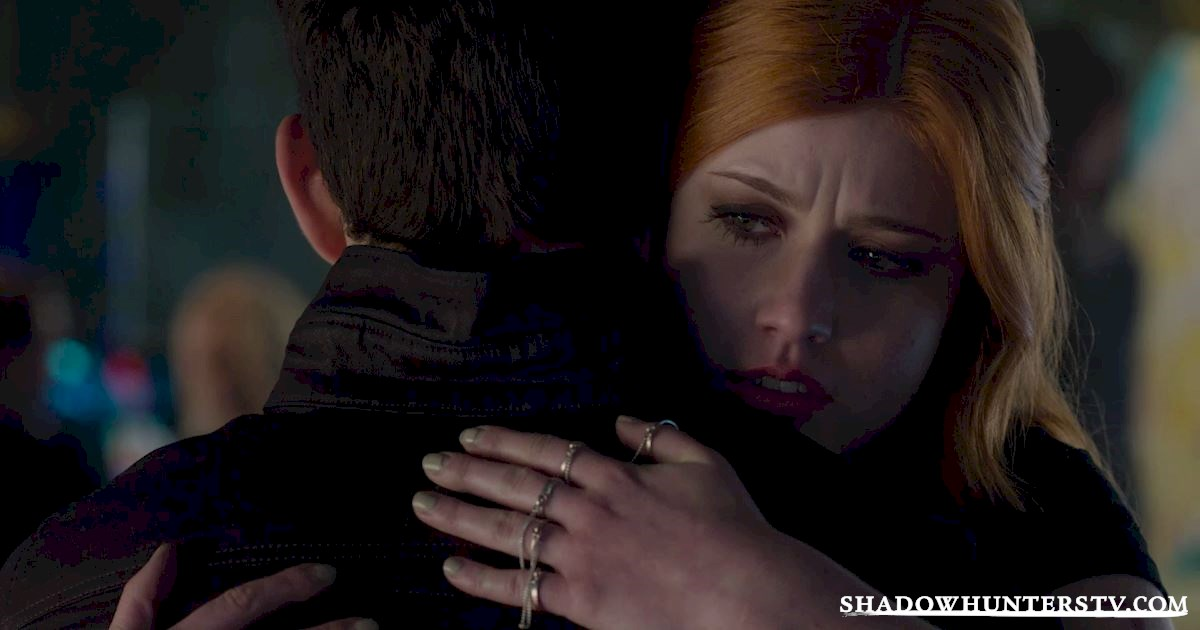 Shadowhunters - 40 Moments You Might Have Missed From The Season One Finale! - 1038