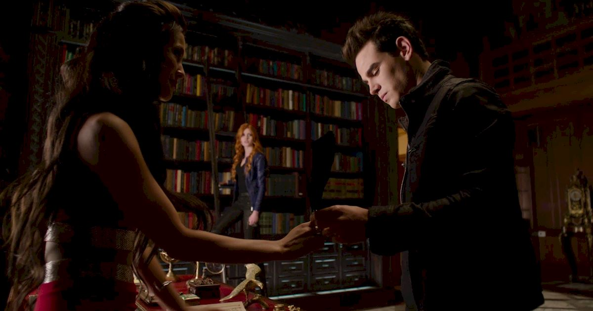 Shadowhunters - Season Finale Official Recap: Jace Has Joined Forces With Valentine!?! - 1018