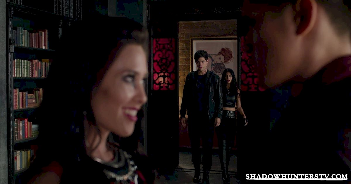 Shadowhunters - 40 Moments You Might Have Missed From The Season One Finale! - 1025
