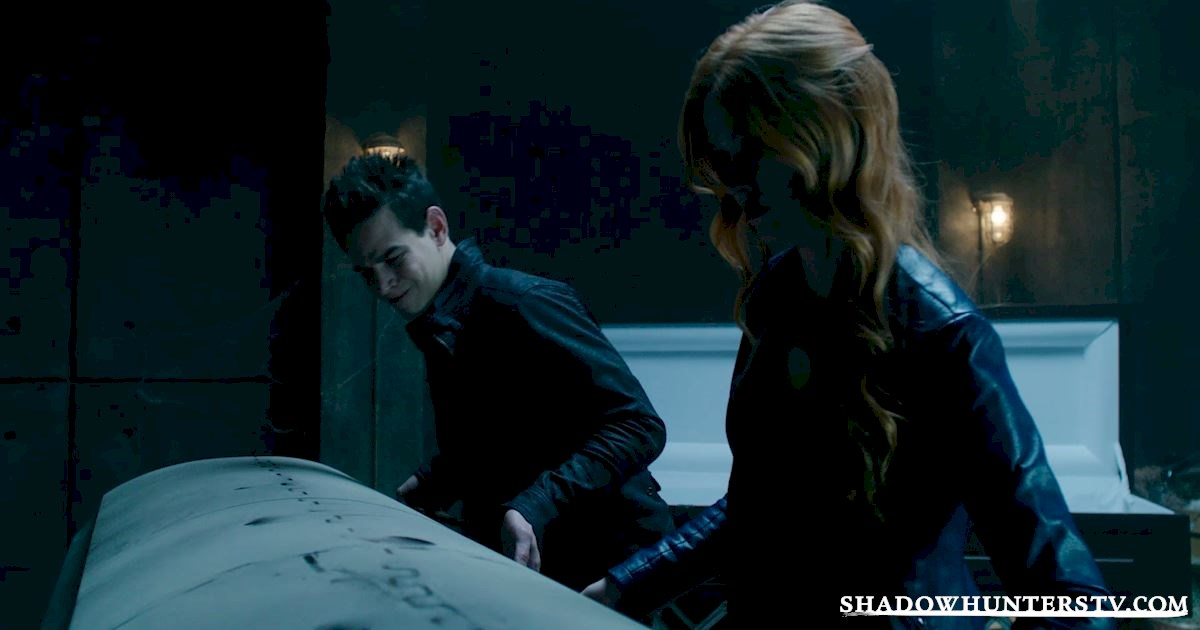 Shadowhunters - 40 Moments You Might Have Missed From The Season One Finale! - 1017
