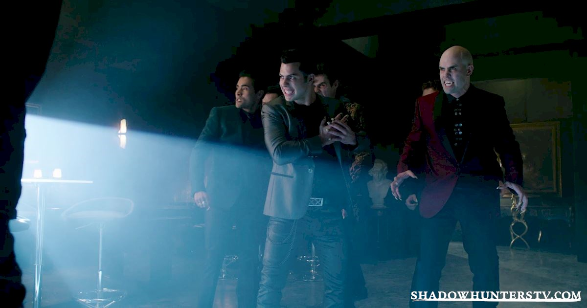 Shadowhunters - 40 Moments You Might Have Missed From The Season One Finale! - 1022