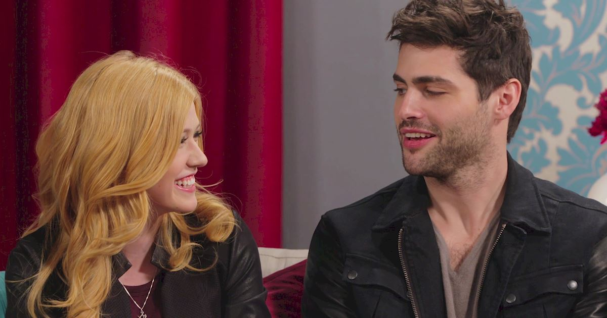 "Shadowhunters - The 10 Best Moments Of The ""Superfan: Shadowhunters"" Interview!  - 1012"