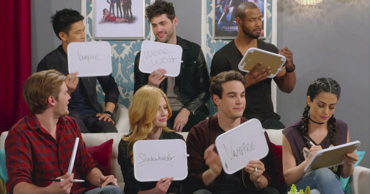 "Shadowhunters - The 10 Best Moments Of The ""Superfan: Shadowhunters"" Interview!  - 1020"