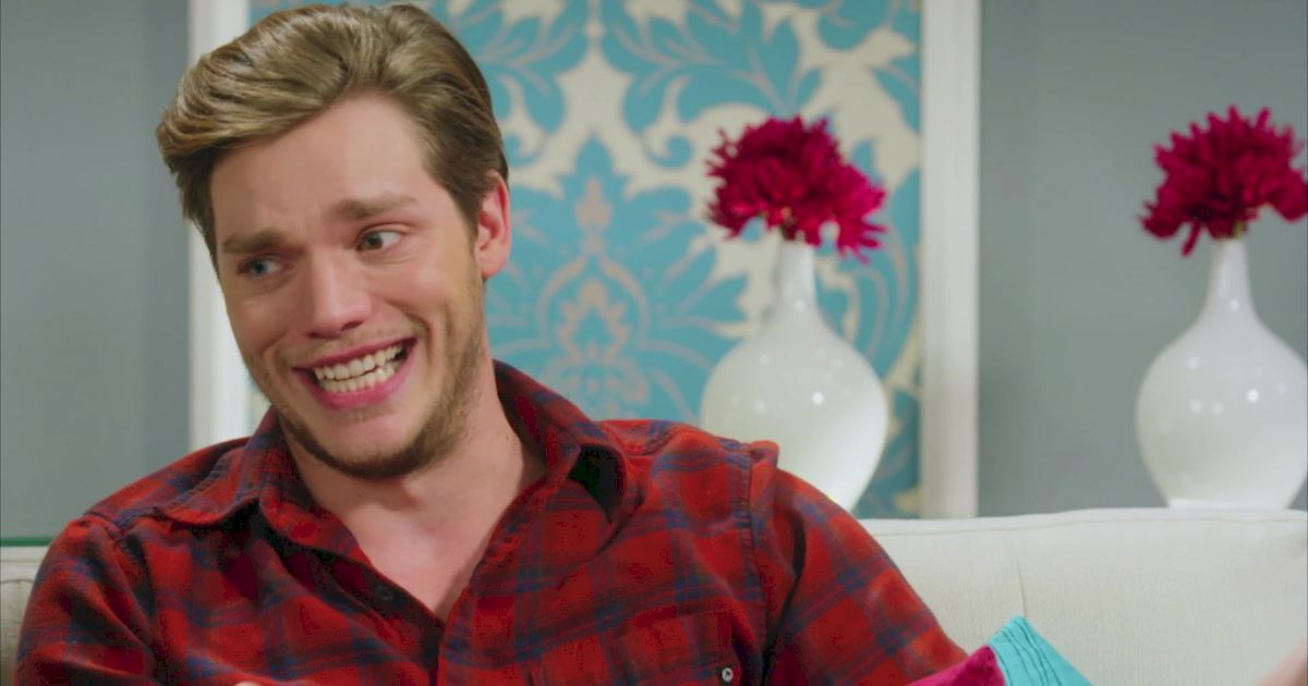 "Shadowhunters - The 10 Best Moments Of The ""Superfan: Shadowhunters"" Interview!  - 1007"