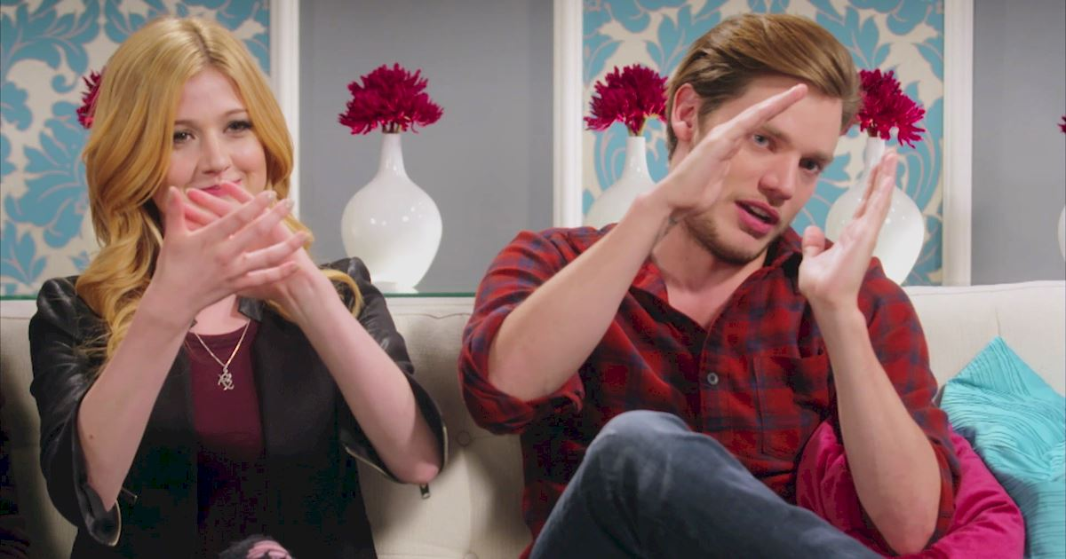 "Shadowhunters - The 10 Best Moments Of The ""Superfan: Shadowhunters"" Interview!  - 1006"