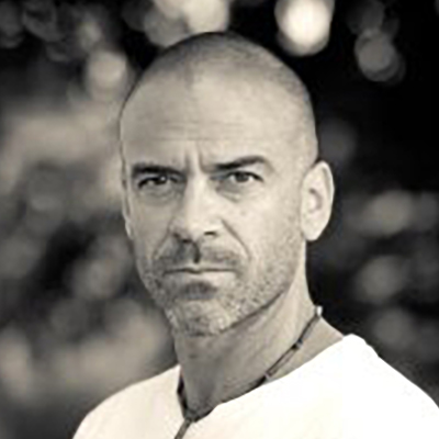 Shadowhunters - Alan Van Sprang
