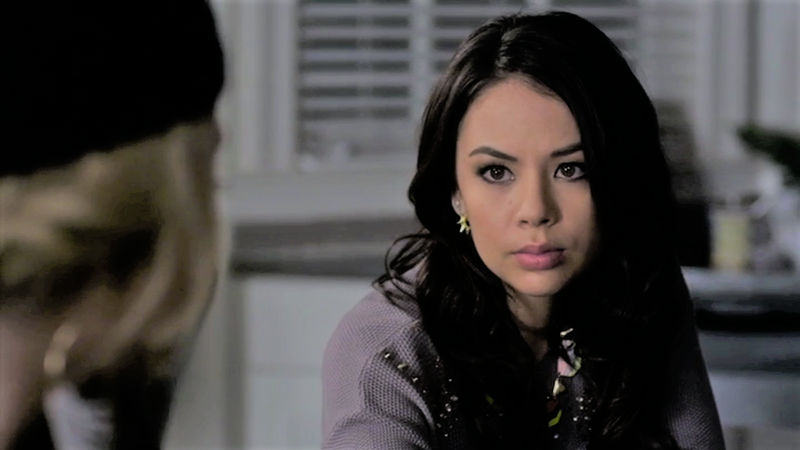 "Pretty Little Liars - 12 Times It Was Impossible To Hate Mona In ""A Is For A-L-I-V-E"" - Thumb"