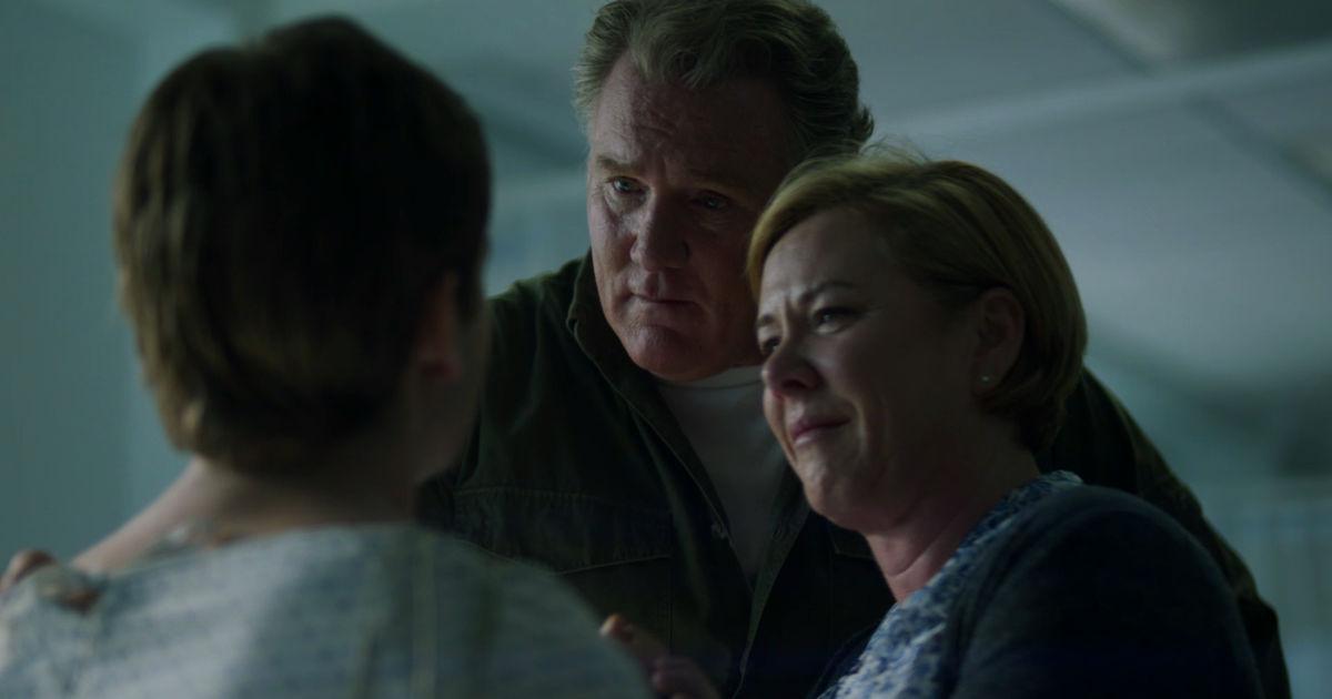 Beyond - 8 Heartwarming Holden Reunions From Episode 1 - 1001