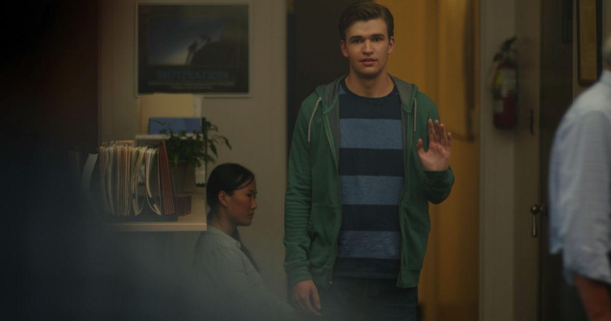 Beyond - 8 Heartwarming Holden Reunions From Episode 1 - 1006