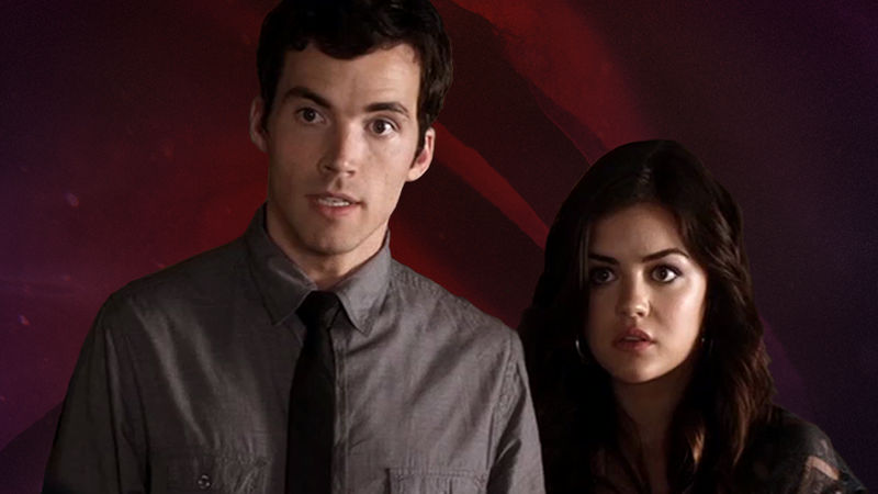 Pretty Little Liars - What's Christmas Without Some Drama? Relive This Tense Ezria Scene From Episode 36 - Thumb