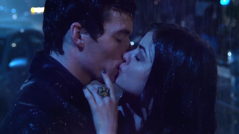Pretty Little Liars - Who Wants To Rewatch The Most Epic Ezria Kiss Of Them All?! - Thumb