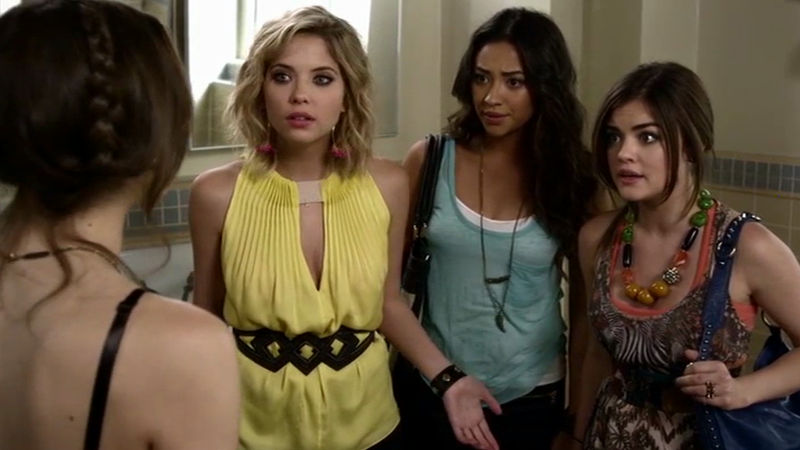 Pretty Little Liars - Rewatch One Of The Most Quotable PLL Moments Ever From Season 3!  - Thumb
