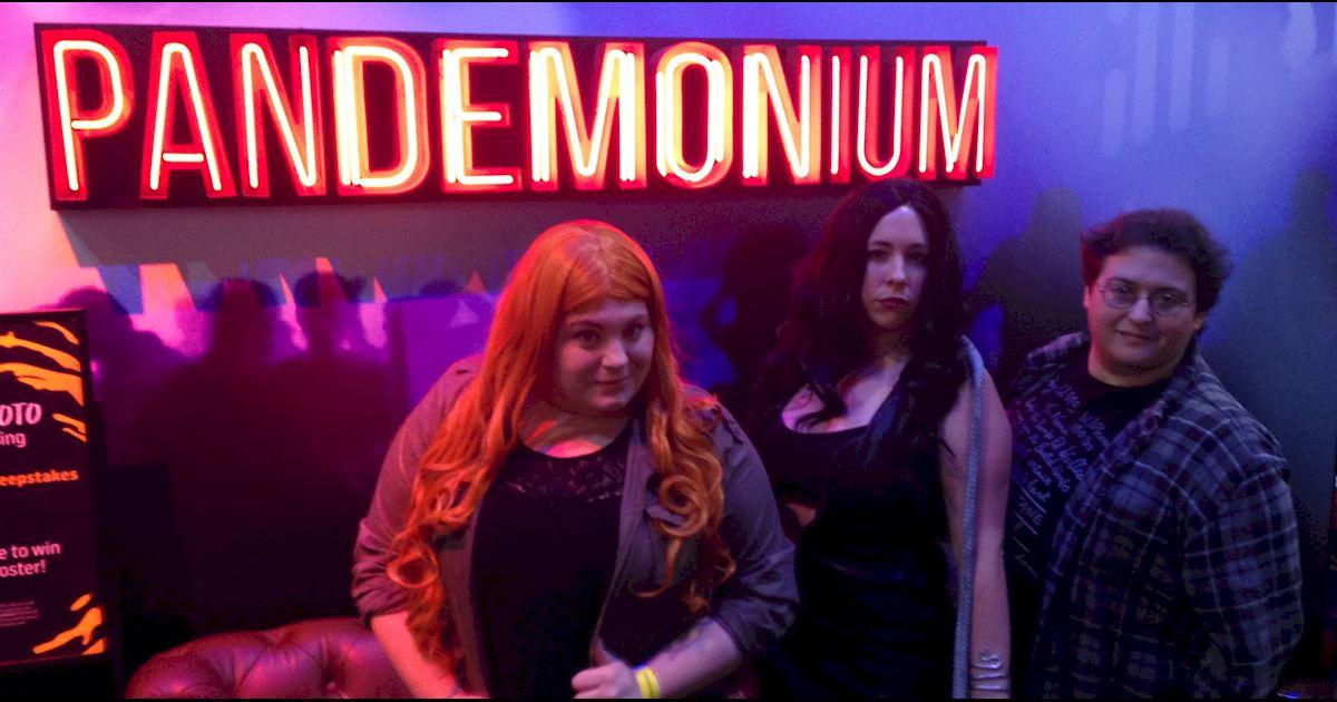 Shadowhunters - Saturday Live Blog: Shadowhunters at New York Comic Con - 974