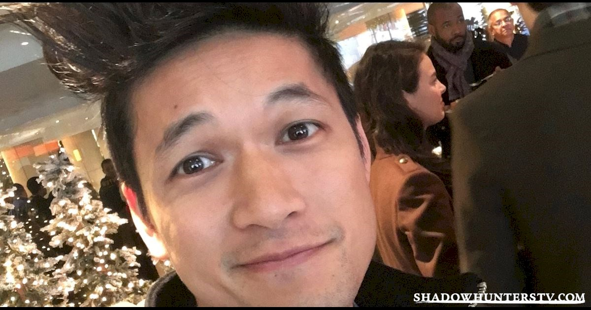 Shadowhunters - Live Blog: A Winter Wonderland with the Shadowhunters Cast - 1001