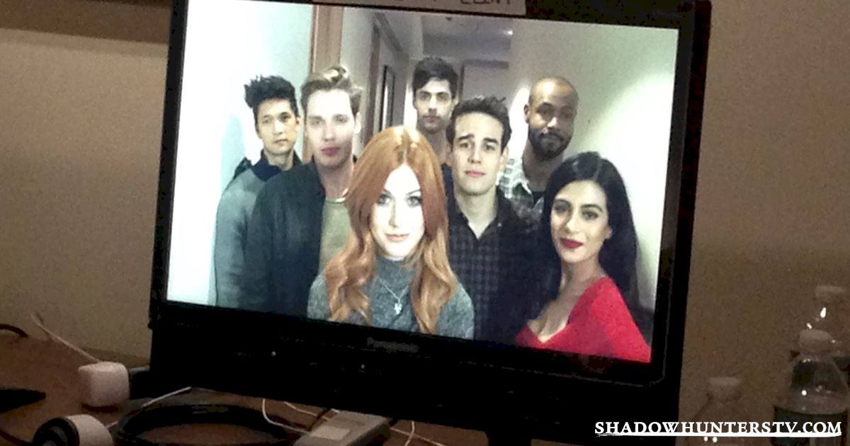 Shadowhunters - Shadowhunters and Superfans Take Manhattan! - 1010