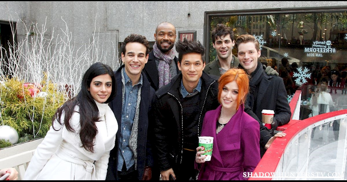 Shadowhunters - LIVE Twitter Chat with the Shadowhunters Cast! - 2000